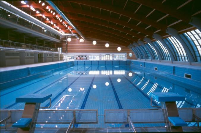 La piscina climatizada se abrir en 4 meses por reformas for Piscina torrevieja